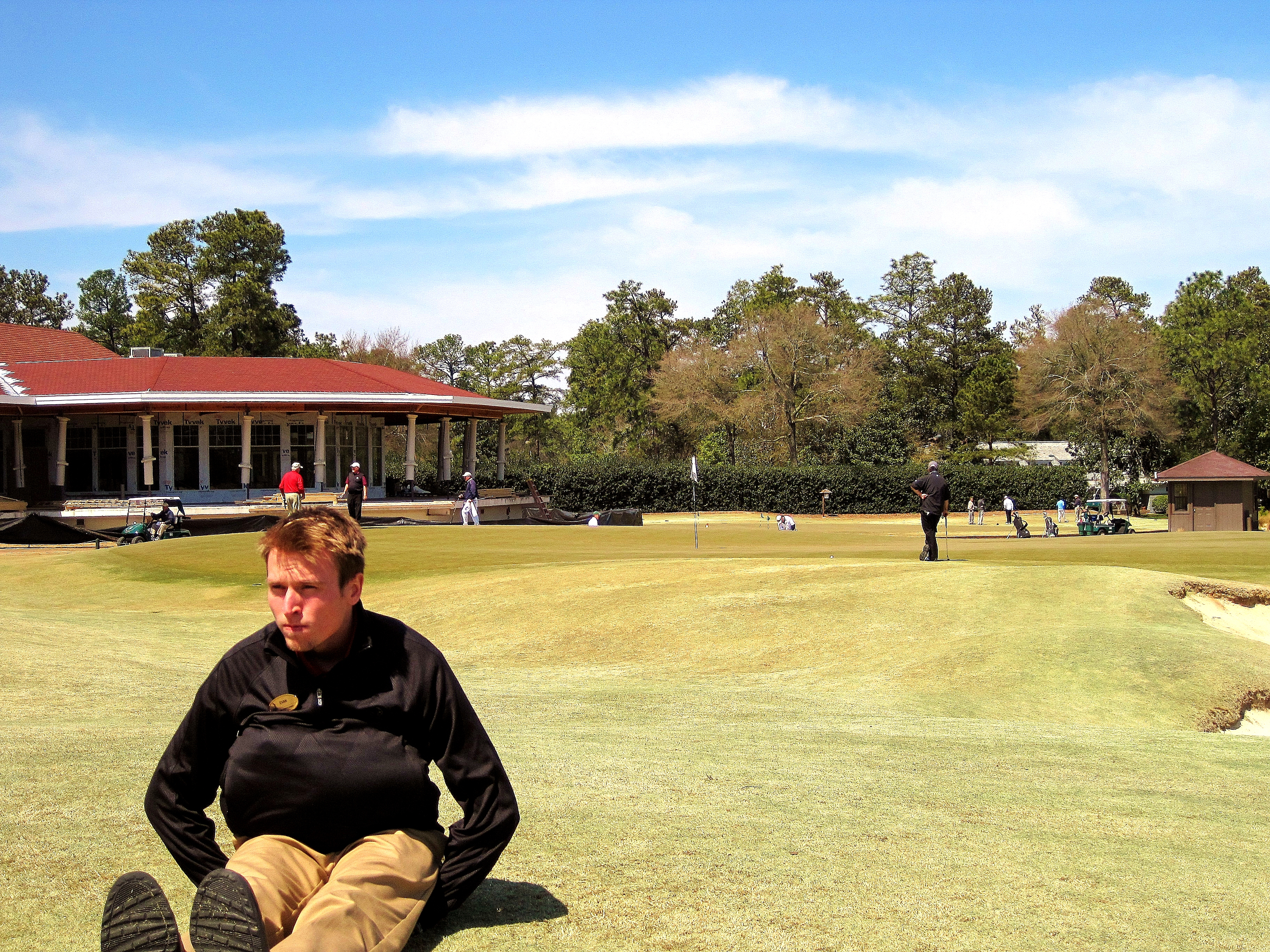 Evan sure wishes his back didn't hurt. He'd like to play Pinehurst No. 2. Especially the famed 18th hole.